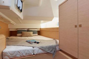 Interior Velero alquiler SO 449 Ibiza